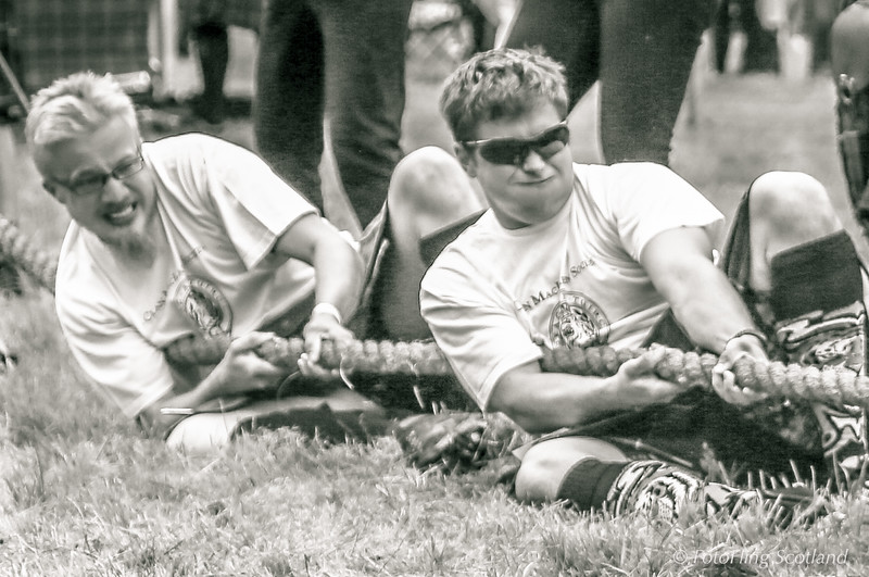 Tug O' War - Maclaren Team