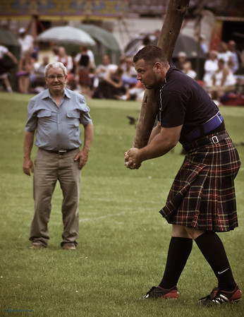 Gregor Edmunds gets ready to toss his caber