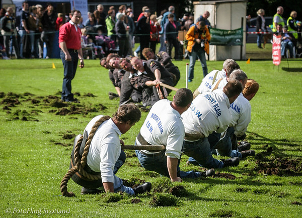 Tug O' War  Pitlochry Highland Games 2010