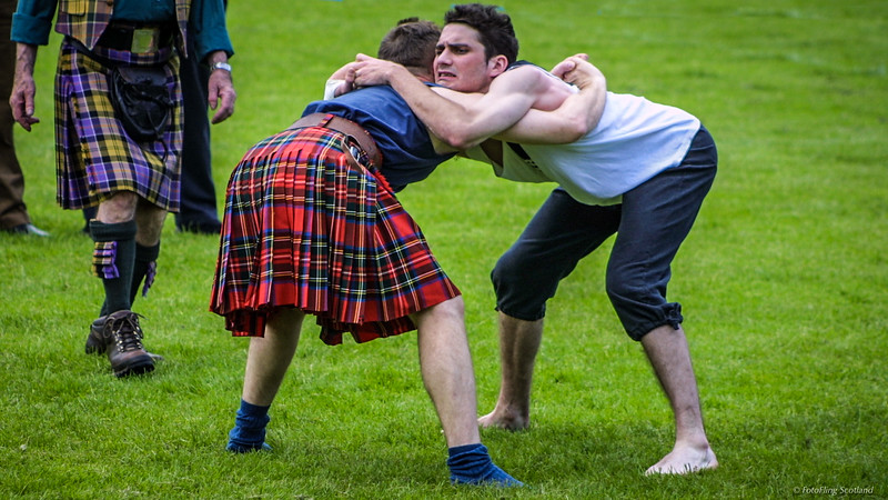 Backhold Wrestlers (Gary Neilson in Red Kilt)