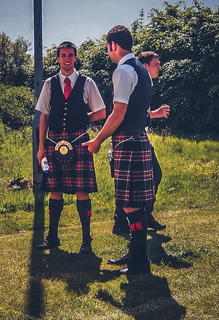 Pipers Chatting in the Sun
