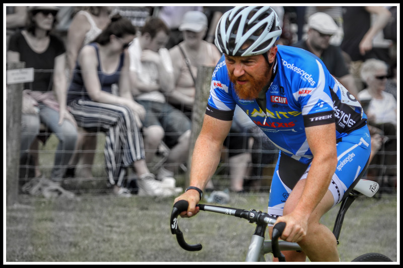 Cycling in Luss