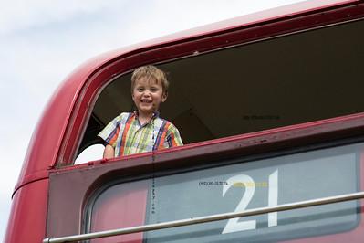 TJ in bus 9127