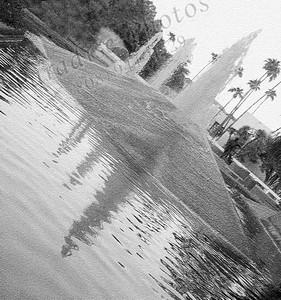 Tipsy fountain B&W 6832