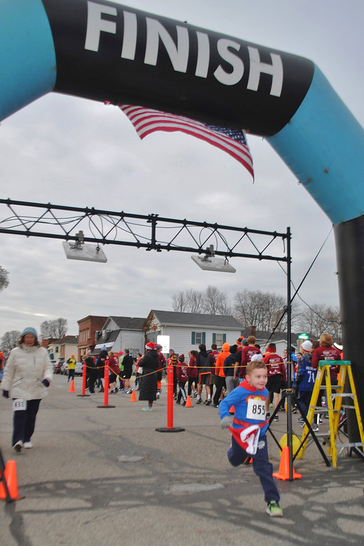 . Hundreds of people turned out for the second annual Friendsgiving 5K Tyler Kreilter Memorial Run in Marine City. The event helps keep Kreilter�s memory alive by sharing his love of running with the community. The 19-year-old died in a car accident in November 2016. (Photos by Colleen Kowalewski)