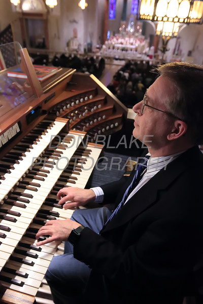 Michael Davidson plays the organ during the closing mass for the Sesquicentennial Anniversary of the Diocese of Wilmington at St. Elizabeth Church, Sunday, March 3, 2019. Photo/Don Blake
