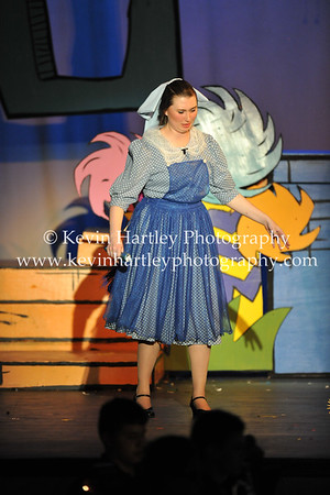 Seussical the Musical 4-21-16-1815