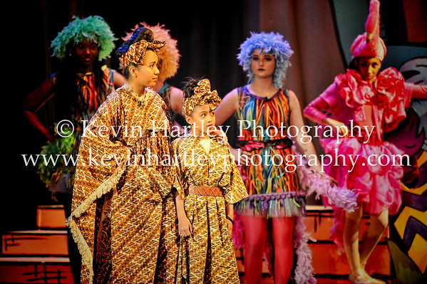 Seussical the Musical 4-21-16-1128