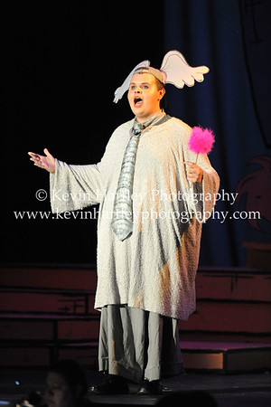 JB Hurley does a fantastic job as Horton with a booming voice and great stage performace (Kevin Hartley Photography)