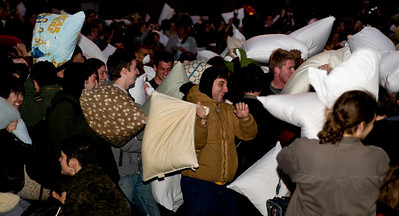 san francisco, pillow fight, pillow, valentines day