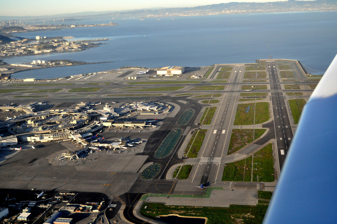 Another shot of SFO...can see a plane ready for take off, and another that has landed...