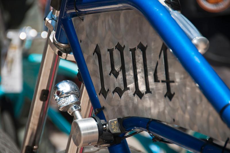 shiny side_134