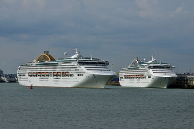 OCEANA and DAWN PRINCESS taken from Hythe Pier on 12 July 2014