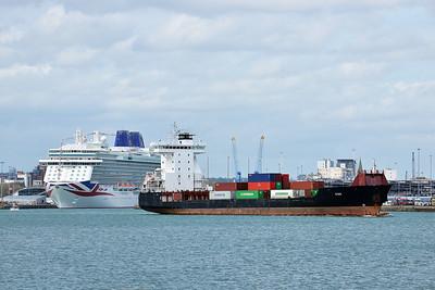3 OAK taken from Hythe Pier on 25 April 2015