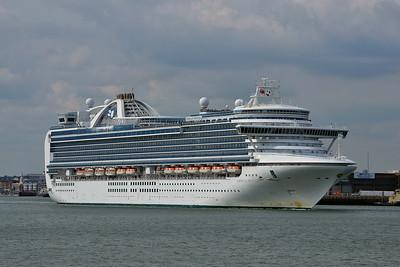 EMERALD PRINCESS taken from Hythe Pier on 12 July 2014