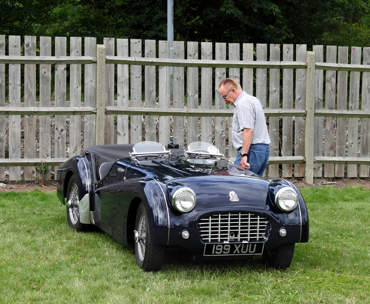 Triumph TR3 vintage sports car at Shire Horse Car Rally 2010