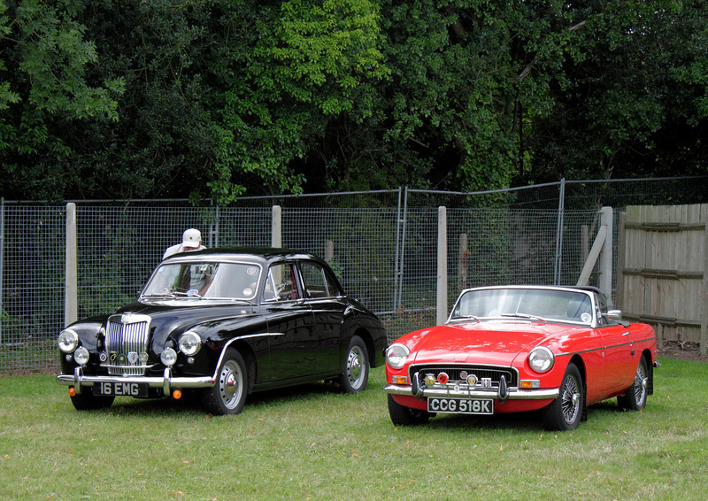 Classic cars at Shire Horse Car Rally 2010