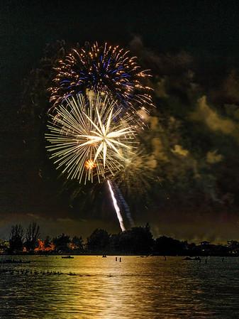 Shoreline Park July 4th Fireworks