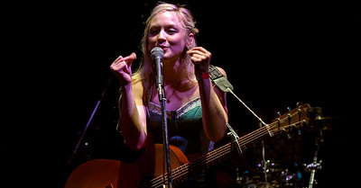 Emily Kinney @ the Thunderbash 2015