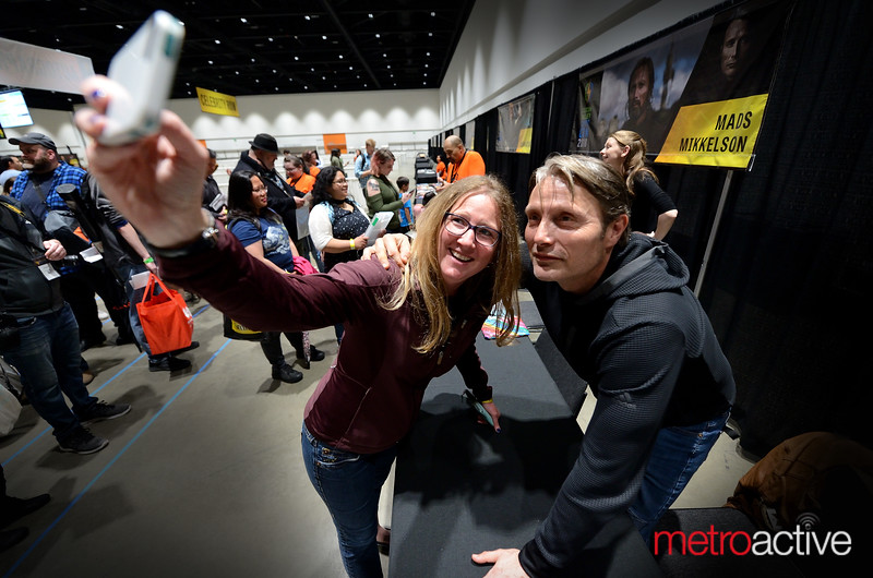 Fangirl with Mads Mikkelson (Galen Erso) Rouge One actor