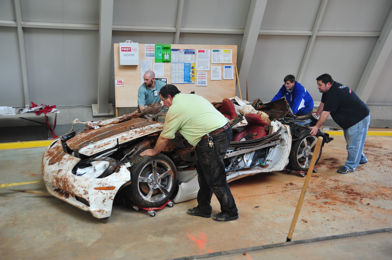 """The 2009 """"1.5 Millionth"""" Corvette is the last to be removed from the Skydome on Monday, November 10, 2014."""