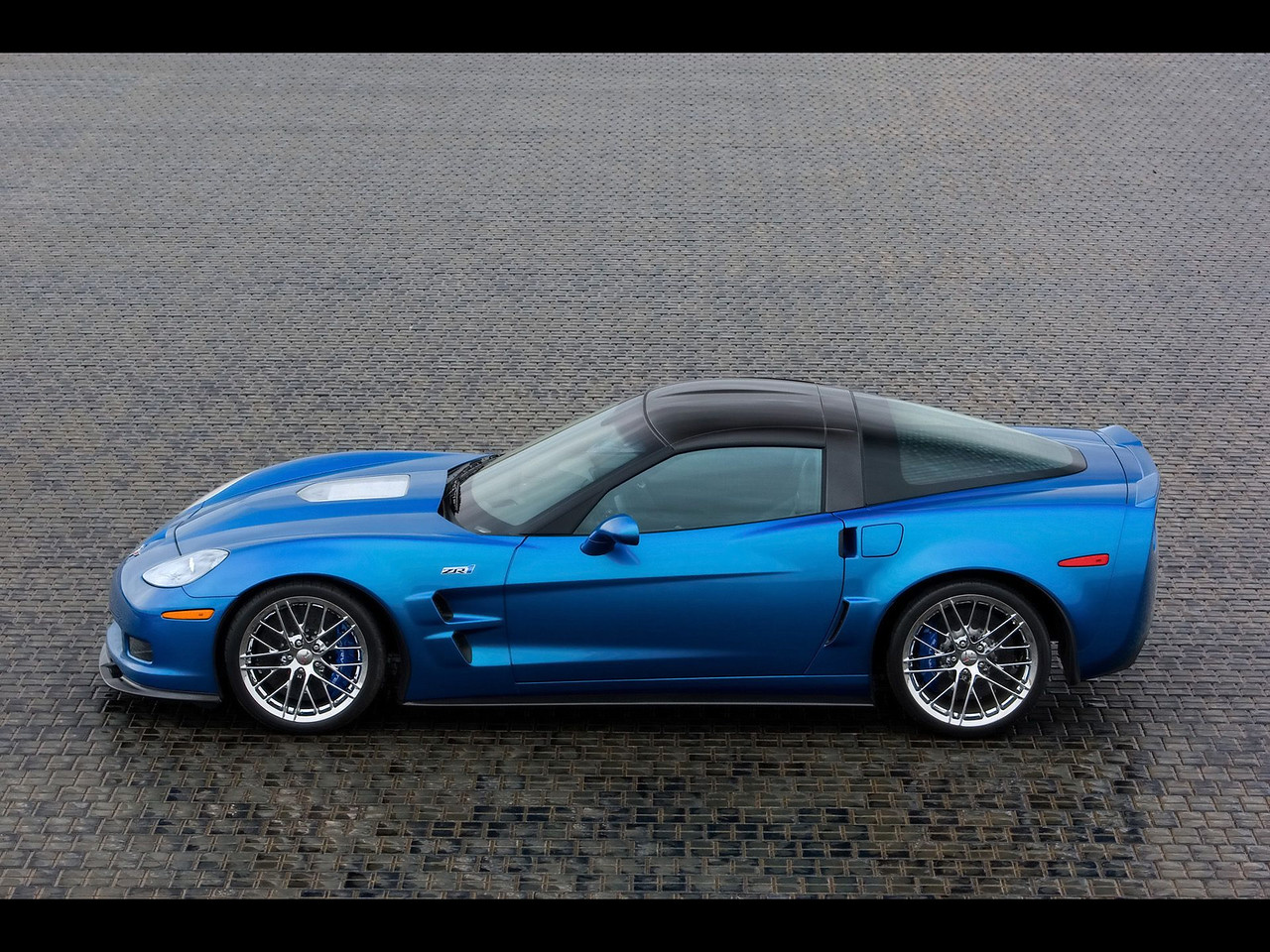 "2009 ZR1 ""Blue Devil""  Permission given to use this image with credit to the National Corvette Museum"