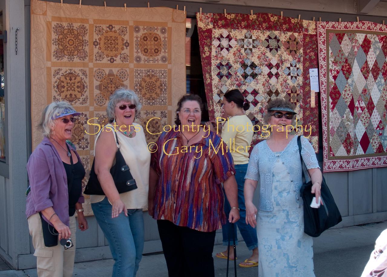 A Quiltshop Quartet - Sisters Outdoor Quiltshow 2009
