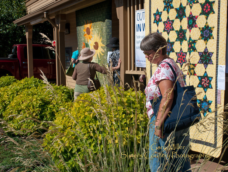 Sisters Outdoor Quilt Show 2011 - Photo by Gary N. Miller - Sisters Country Photography