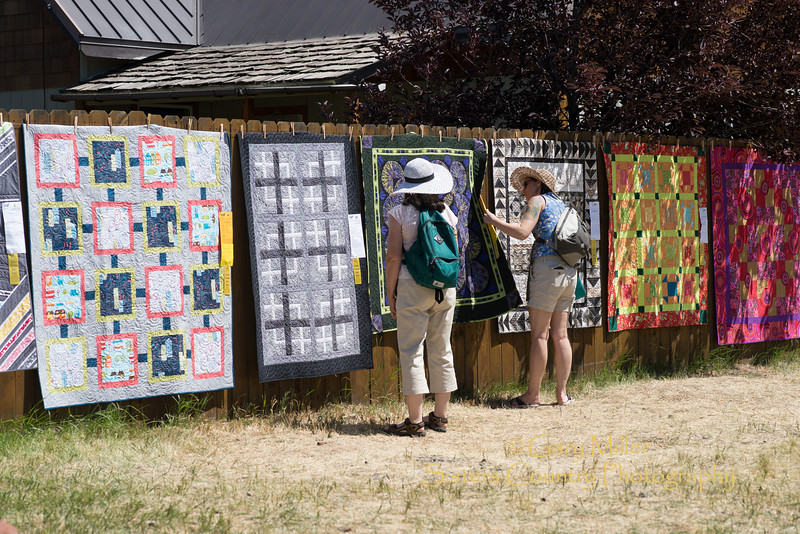 2013 Sisters Outdoor Quilt Show - The largest outdoor quilt show in the world with over 1,300 quilts on display was held in Sisters, Oregon on July 13, 2013 - Copyright © 2013 Gary N. Miller, Sisters Country Photography