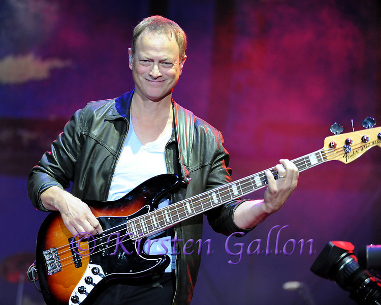 SKY BALL 2013 <br /> GARY SINISE, LT. DAN BAND