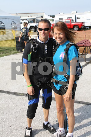 Sky Diver Andrew and Cathy Prelip