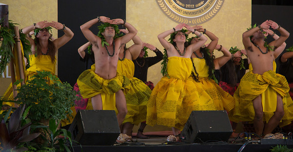 University of Hawai'i's Hula Halau UNUKUPUKUPU