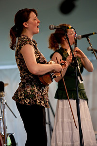 Catrin & Ceri Ashton - music of Wales