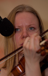 Sille Ilves plays Welsh fiddle music