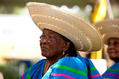 member of Currulao Las Cantadoras del Pacifico