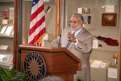 Smithsonian; Lonnie Bunch
