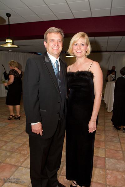 Guy and Carrie Overby arrive at the Snow Ball Gala.