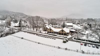 snowdec17fb-