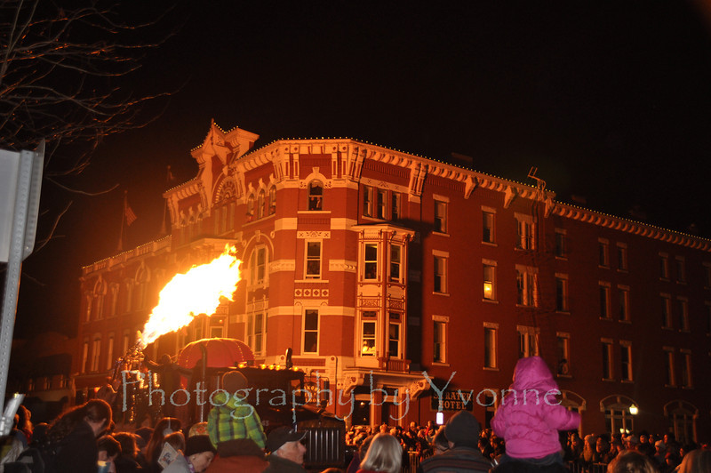 The hot air balloon floats' flame is always popular for this winter night parade! It warms the crowd and lights the night! Crowds are estimated at 10,000 people for the Light Parade!