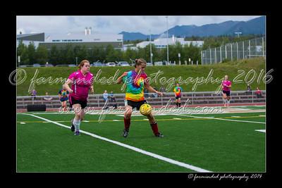 DS7_5949-12x18-06_2014-Soccer-W