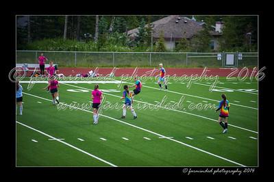 DSC_3274-12x18-06_2014-Soccer-W