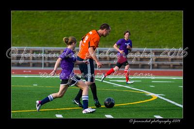 DSC_5619-12x18-07_2014-Soccer-W