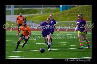 DSC_5564-12x18-07_2014-Soccer-W
