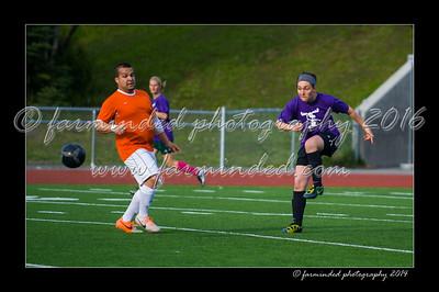 DSC_5617-12x18-07_2014-Soccer-W