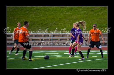 DSC_5489-12x18-07_2014-Soccer-W