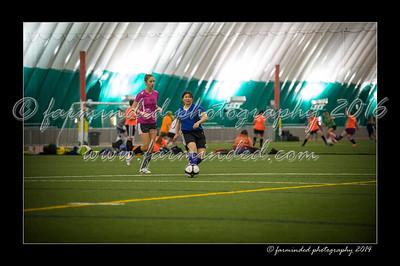 DSC_4326-12x18-09_2014-Soccer-W