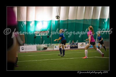 DSC_4352-12x18-09_2014-Soccer-W