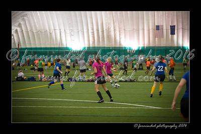 DSC_4194-12x18-09_2014-Soccer-W