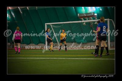 DSC_4347-12x18-09_2014-Soccer-W