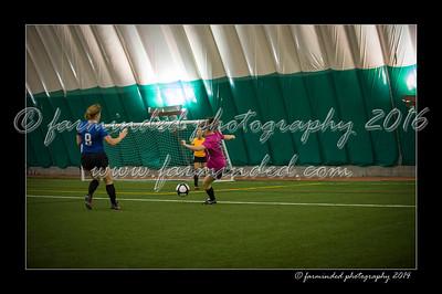 DSC_4364-12x18-09_2014-Soccer-W